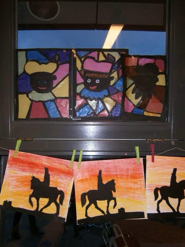 Sinterklaas Op Het Dak Met Paard Amerigo Knutselen Enzo